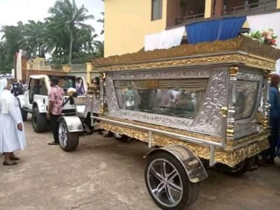 Nigerian Oil Magnet, Owner Of Tonimas Oil & Gas Buried In Casket Worth N34Million (PHOTOS)