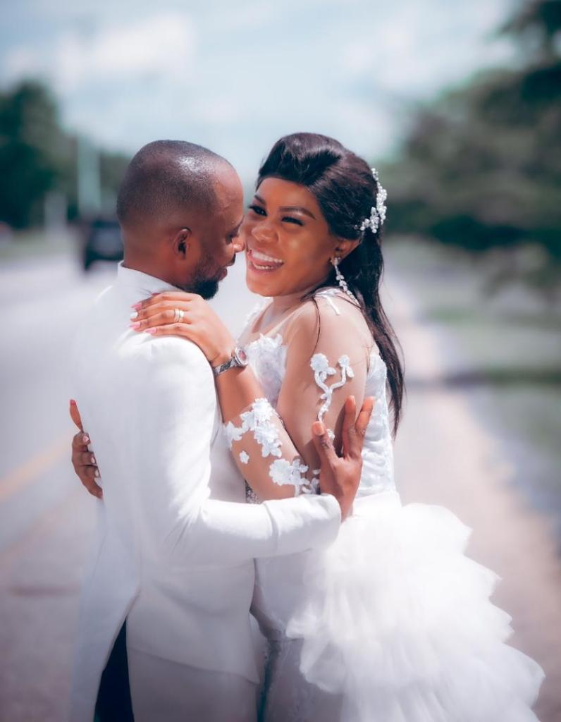 Nigerian Popular TV Broadcast Engineer, Udoh weds in Grandstyle
