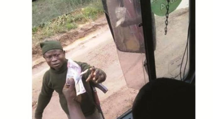 Security officers collecting bribe on highways
