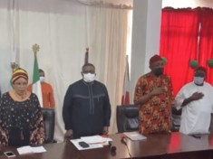 Happening Now: Dr Ifedi Okwenna picks Anambra State Gubernatorial Candidacy Form at PDP office Abuja
