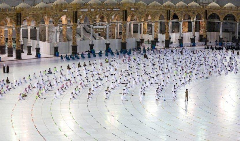 Saudi Arabia expands capacity, allows Umrah for vaccinated pilgrims in Ramadan