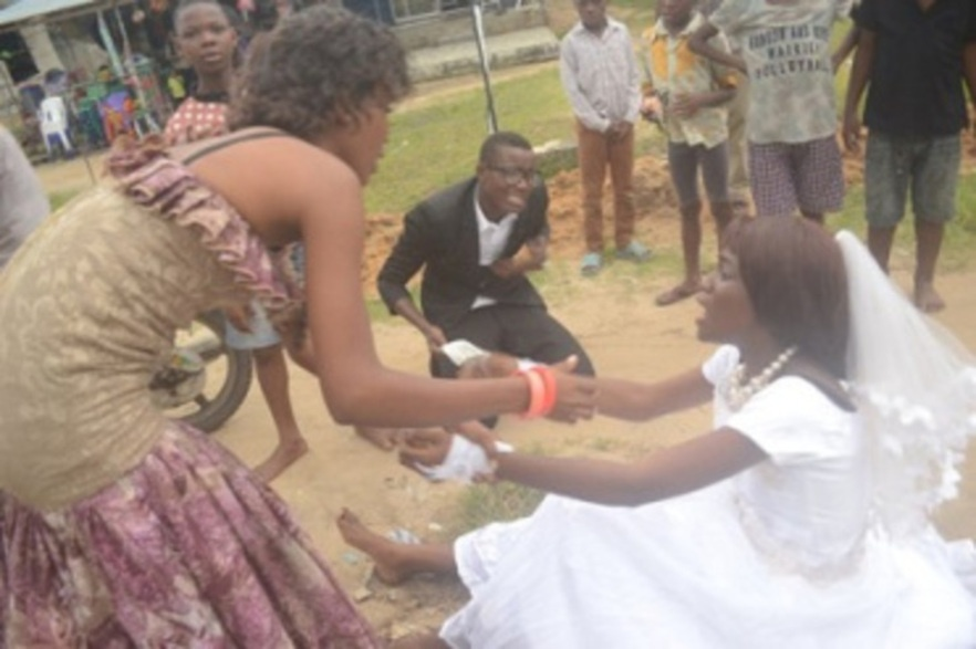 Unbelievable! Nigerian Groom Slaps His Bride At Their Own Wedding Reception