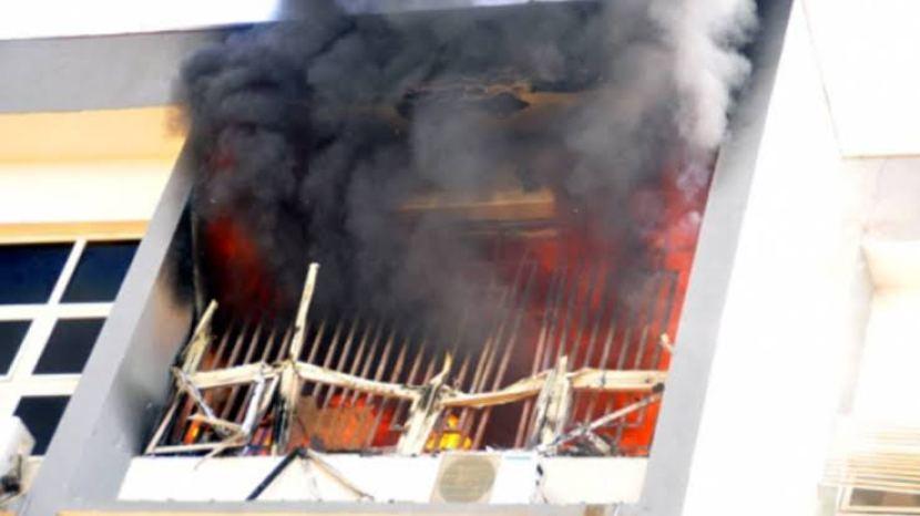 Akwa Ibom State In Turmoil As Unknown Gunmen Set INEC Office On Fire, Kill 12 Cows