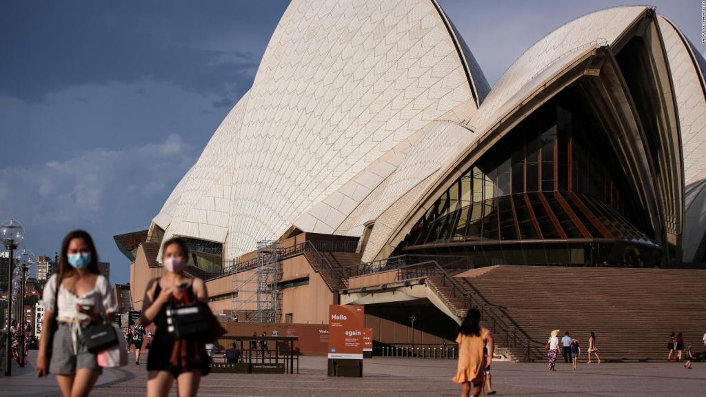Covid-19 pandemic: People Wearing Masks in Opra House Sydney, Australia