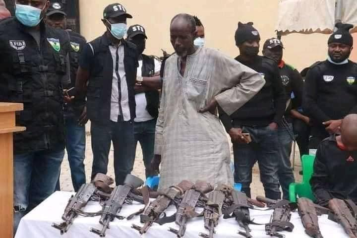 How 60-year-old Umaru Mohammed was arrested with AK47 Rifles and Ammunition Along Highway.
