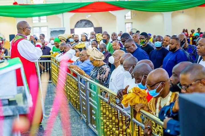 GOVERNOR UZODINMA CELEBRATES ENGR IWUANYAWU ON HIS BIRTHDAY