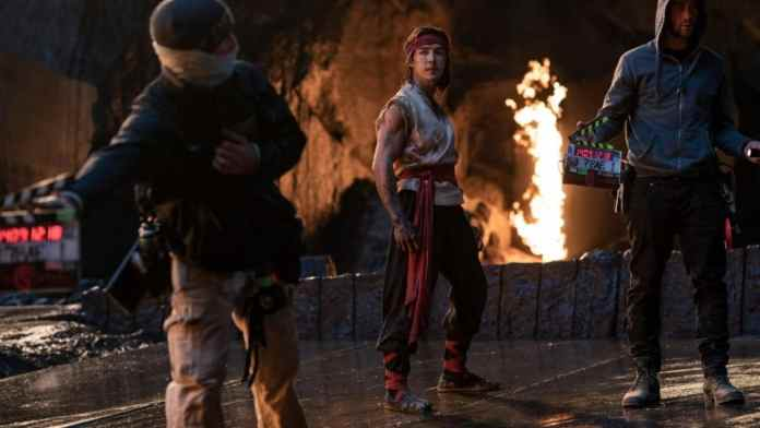 A new behind-the-scenes trailer for the Mortal Kombat movie on the street. It includes new looks at the reboot's brutal fights, special moves, and gorgeous locations.