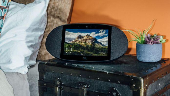 JBL Link View smart speaker google assistant