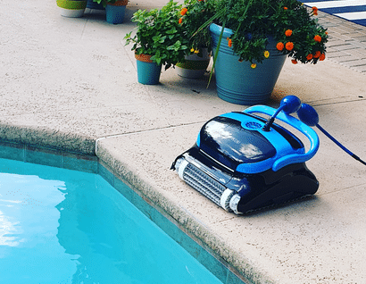 The Pool Cleaning robot cordless vacuum swimming water
