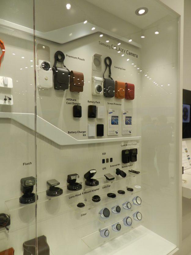Galaxy-Camera-Accessories-08