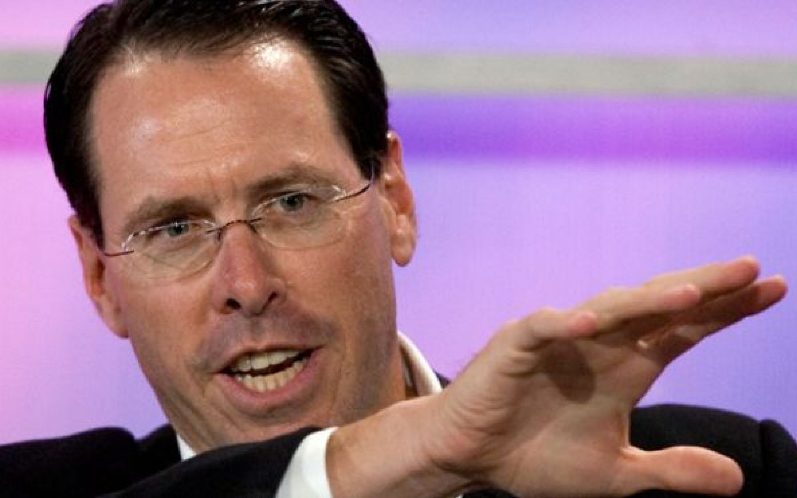 AT&T CEO admits subsidy model is at an end, proves T-Mobile's Uncarrier is the right move
