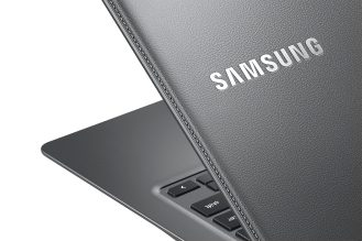 Chromebook2-13_014_Detail_Titanium Gray