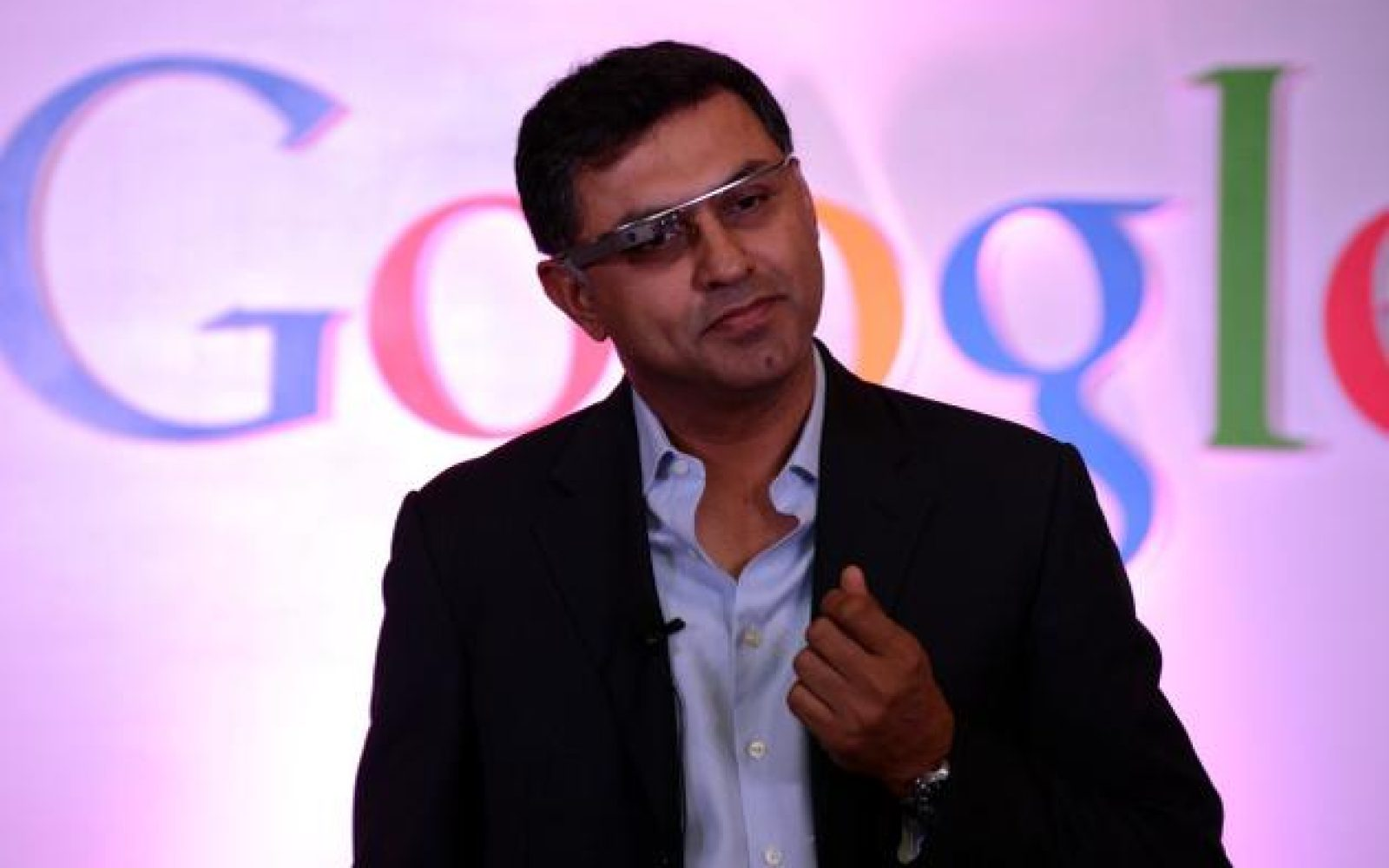 Google Chief Business Officer Nikesh Arora leaving to become