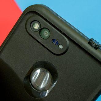 pixel-lifeproof-10