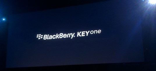 blackberry_keyone_mwc_1