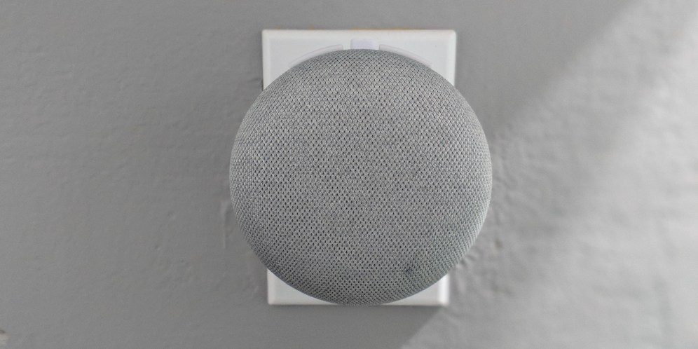 the-google-home-mini-back-pack-3