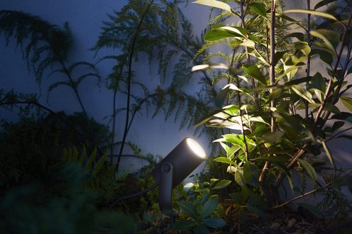 philips-hue-outdoor-lily-spot-21
