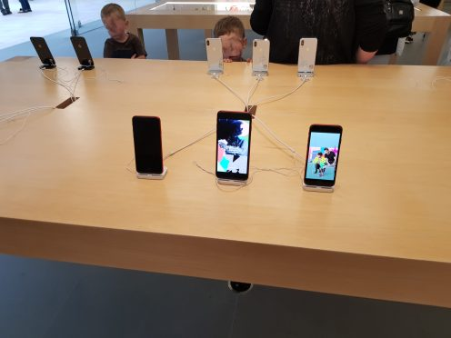 note 8 apple store