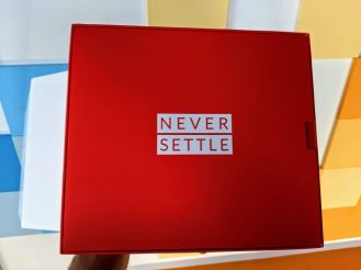 OnePlus 7 never settle packaging