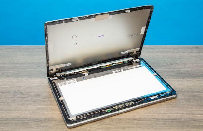 laptopmag_chromebook_drop_test_5
