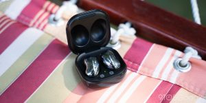 The Galaxy Buds Live update adds a hearing enhancement feature