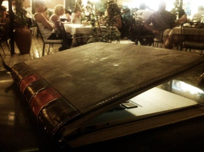 BookBook for Air (017)