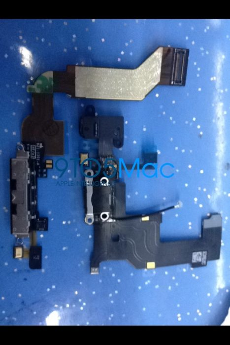 iPhone 5 Dock Connector (9)
