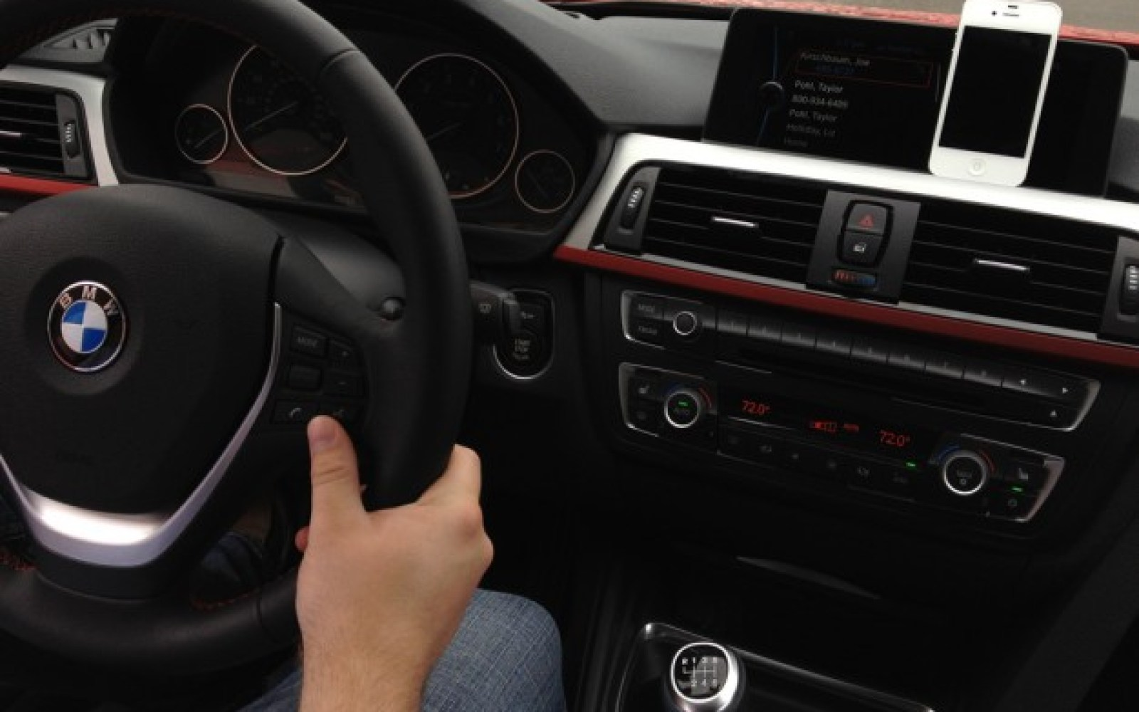 In iOS 7, Apple wants to own your car's console with Maps and Siri integration