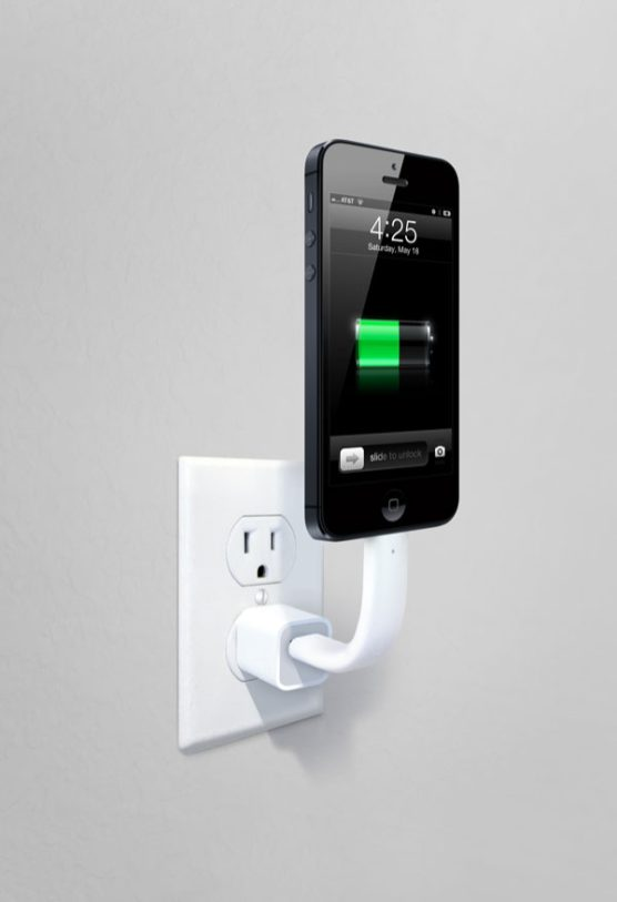 TRUNK-posable-iphone-cable-wall