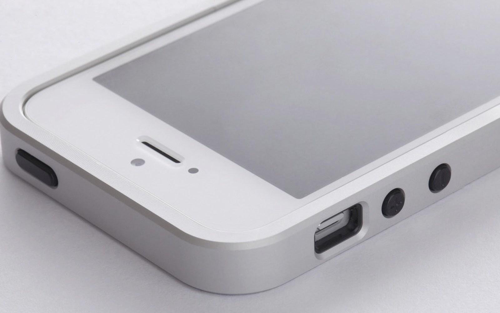 Freeform3 creates a Bumper worthy of the iPhone 5 [Review]