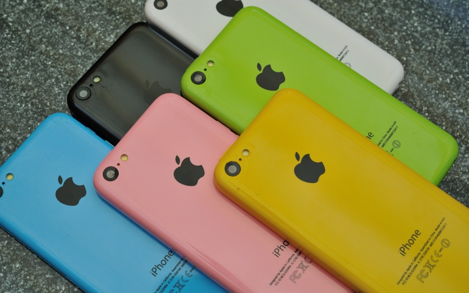 WSJ: China Mobile to carry the less-expensive iPhone 5C
