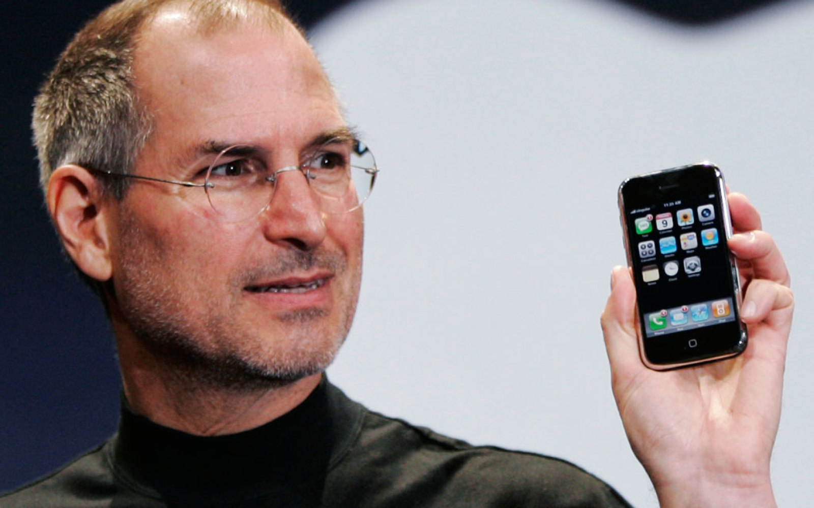 Original iPhone radio engineer details the heart (and Scotch) pounding moments that lead up to the Steve Jobs iPhone announcement