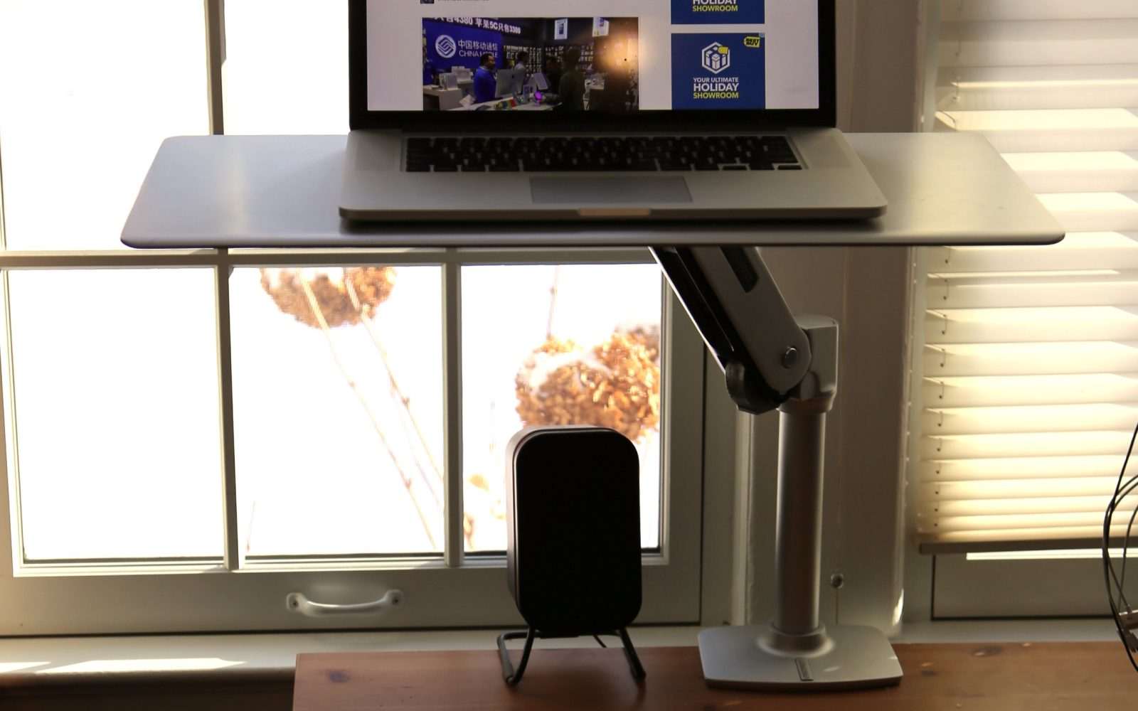 Review Workfit P By Ergotron An Easy Transition To A Sit Or