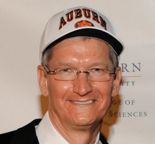 Tim-Cook-Auburn-hat-02