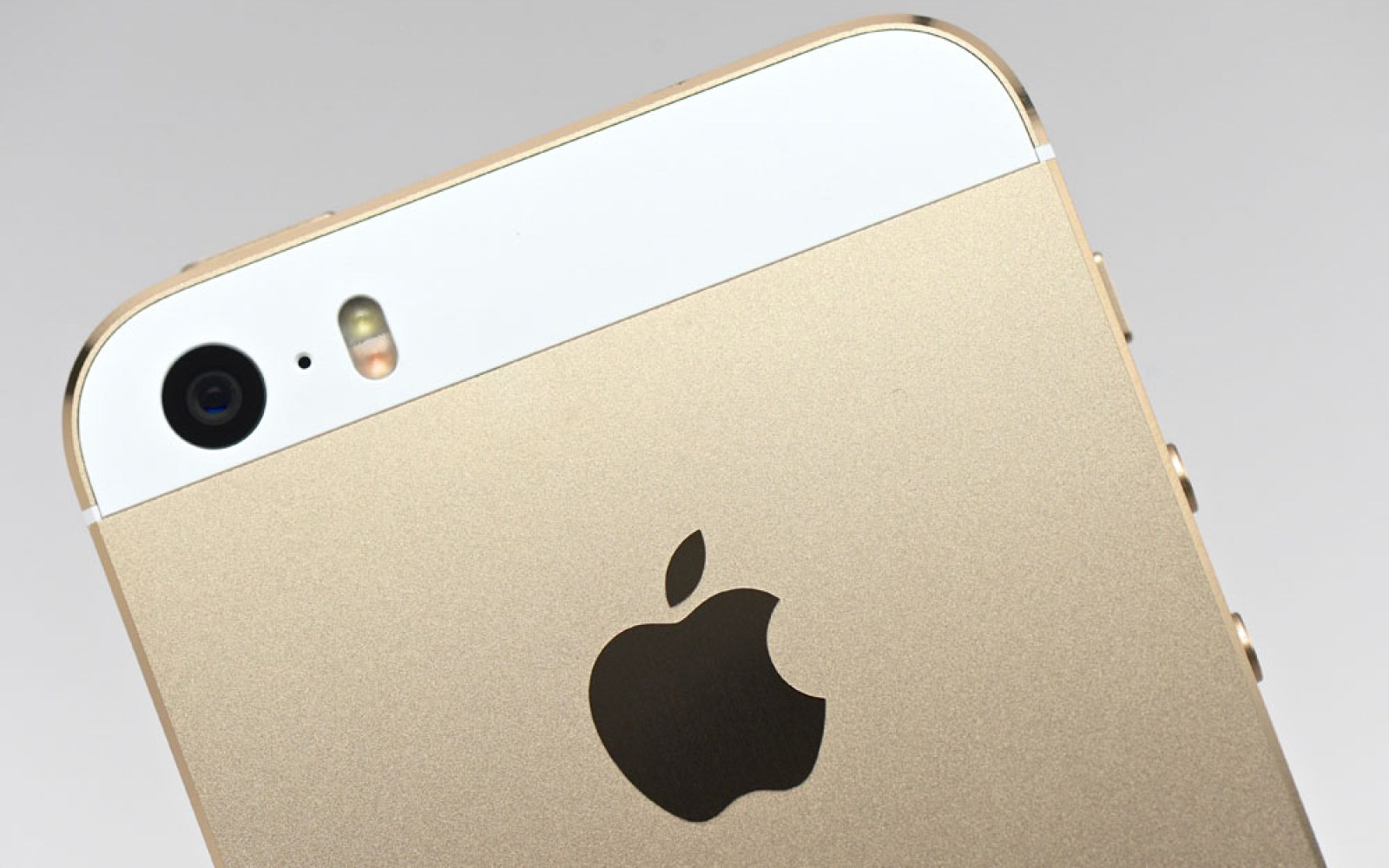 iPhone 5s remains world's best-selling phone, iPhone 5c takes number 5 slot