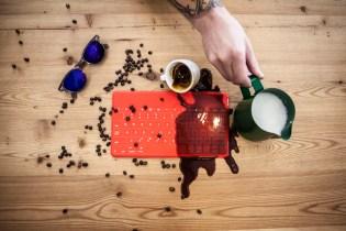 Logitech Keys-To-Go_Coffee Spill_Red