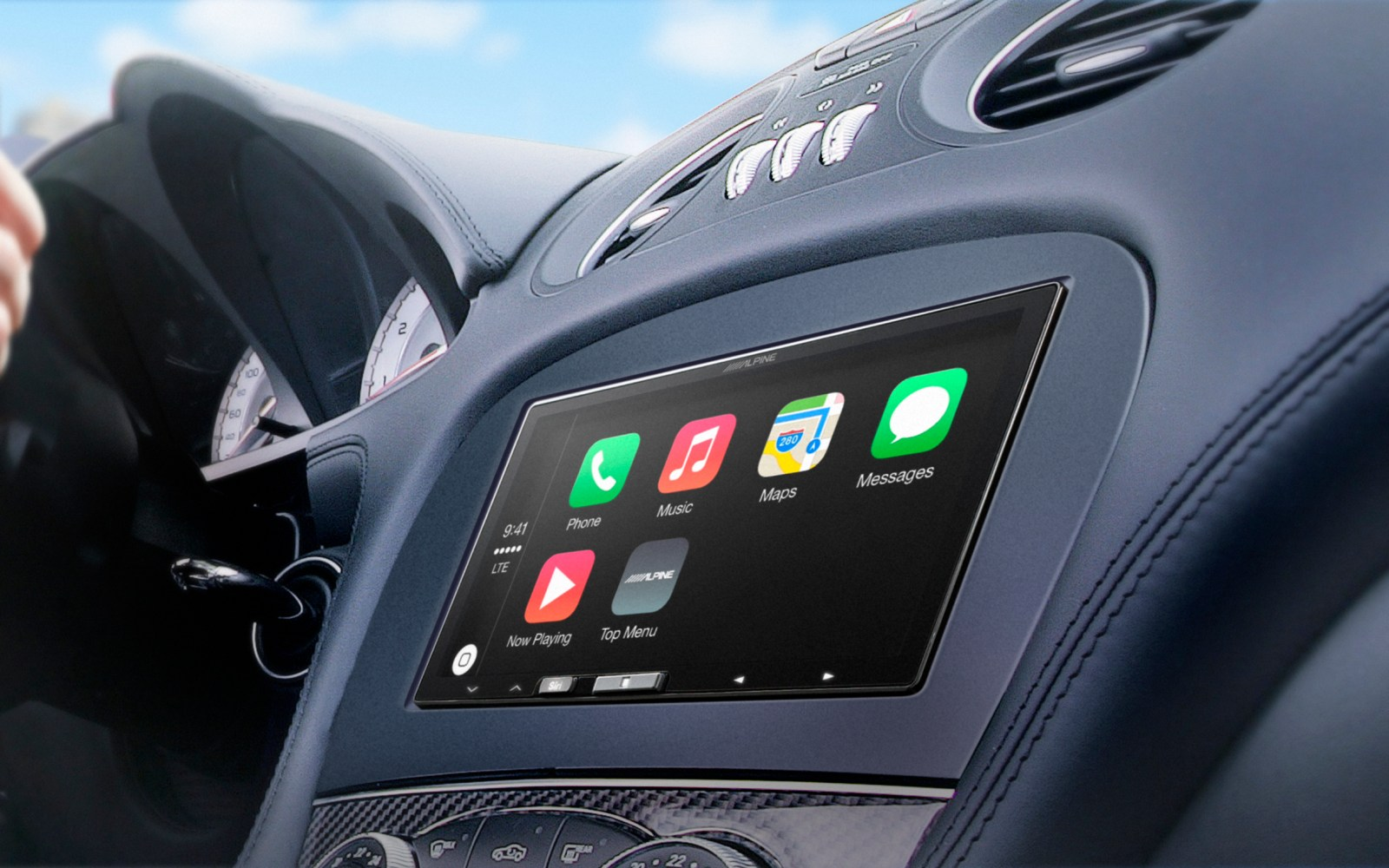 Alpine announces 7-inch iLX-007 aftermarket receiver, its first CarPlay display