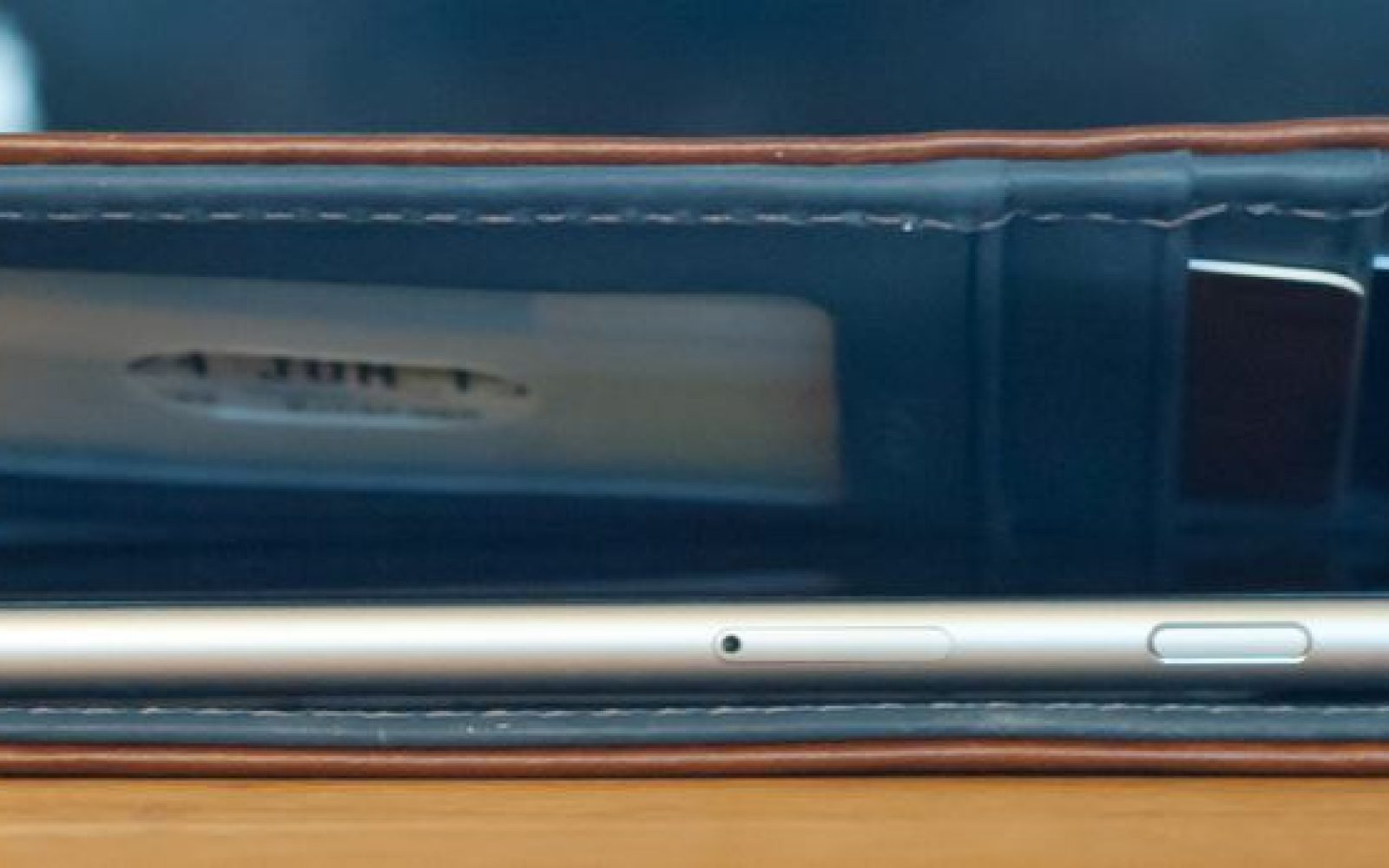 purchase cheap 05ccc 97eaa Review: Pad & Quill's Bella Fino wallet case for iPhone 6/Plus ...