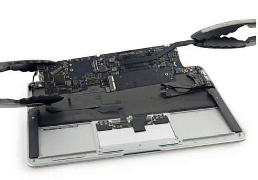 Macbook-Air-early-2015-13-inch-01