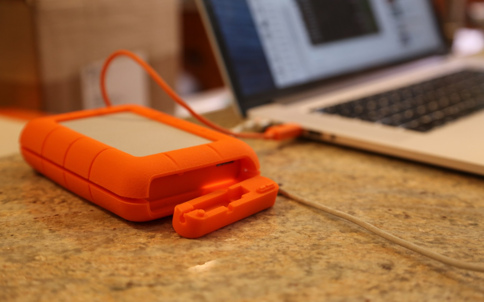 Review Lacie S 4tb Rugged Thunderbolt Usb 3 Portable Hard