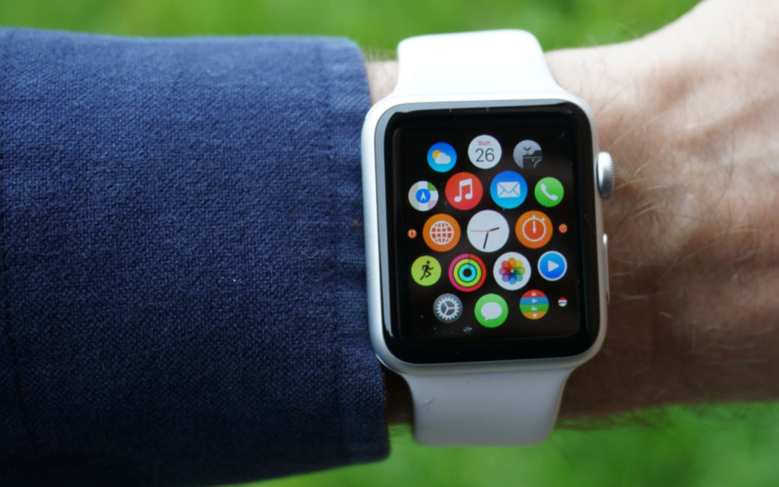 A skeptic's Apple Watch diary: Day 4, the halfway point