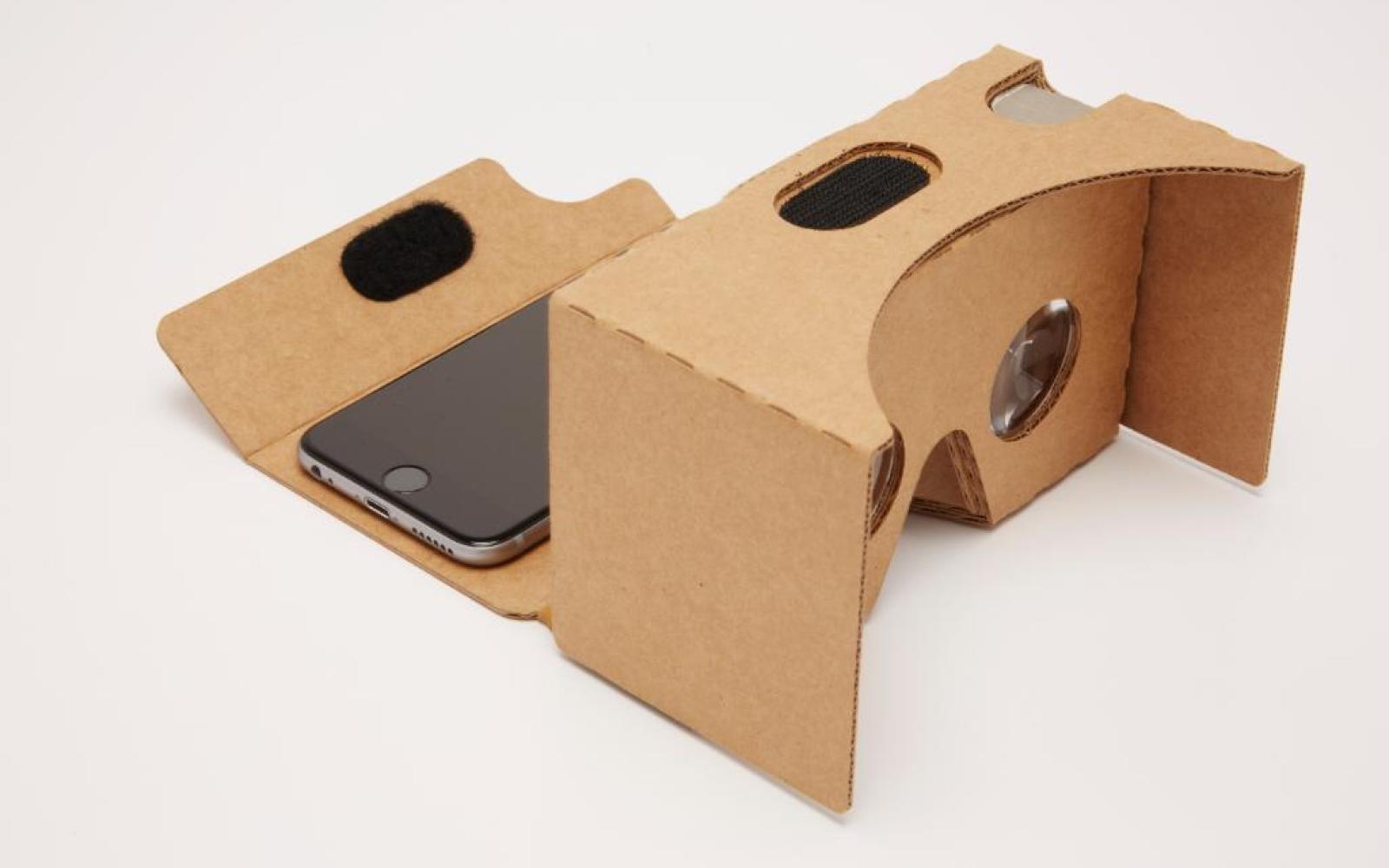 Google Cardboard VR viewer & SDK now support iOS