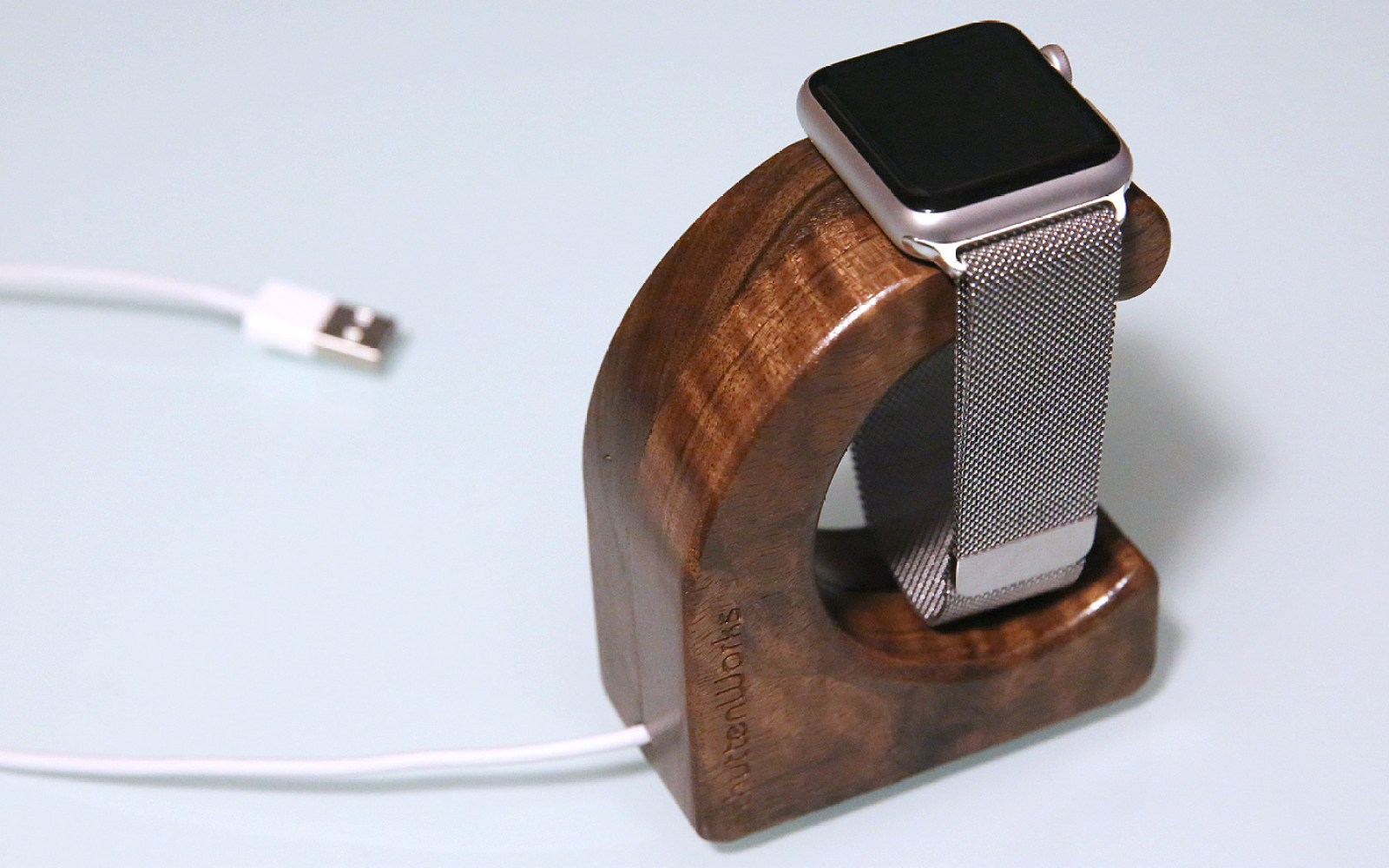 Review: SchuttenWorks' Wave uses magnets and wood in a beautiful Apple Watch charging stand