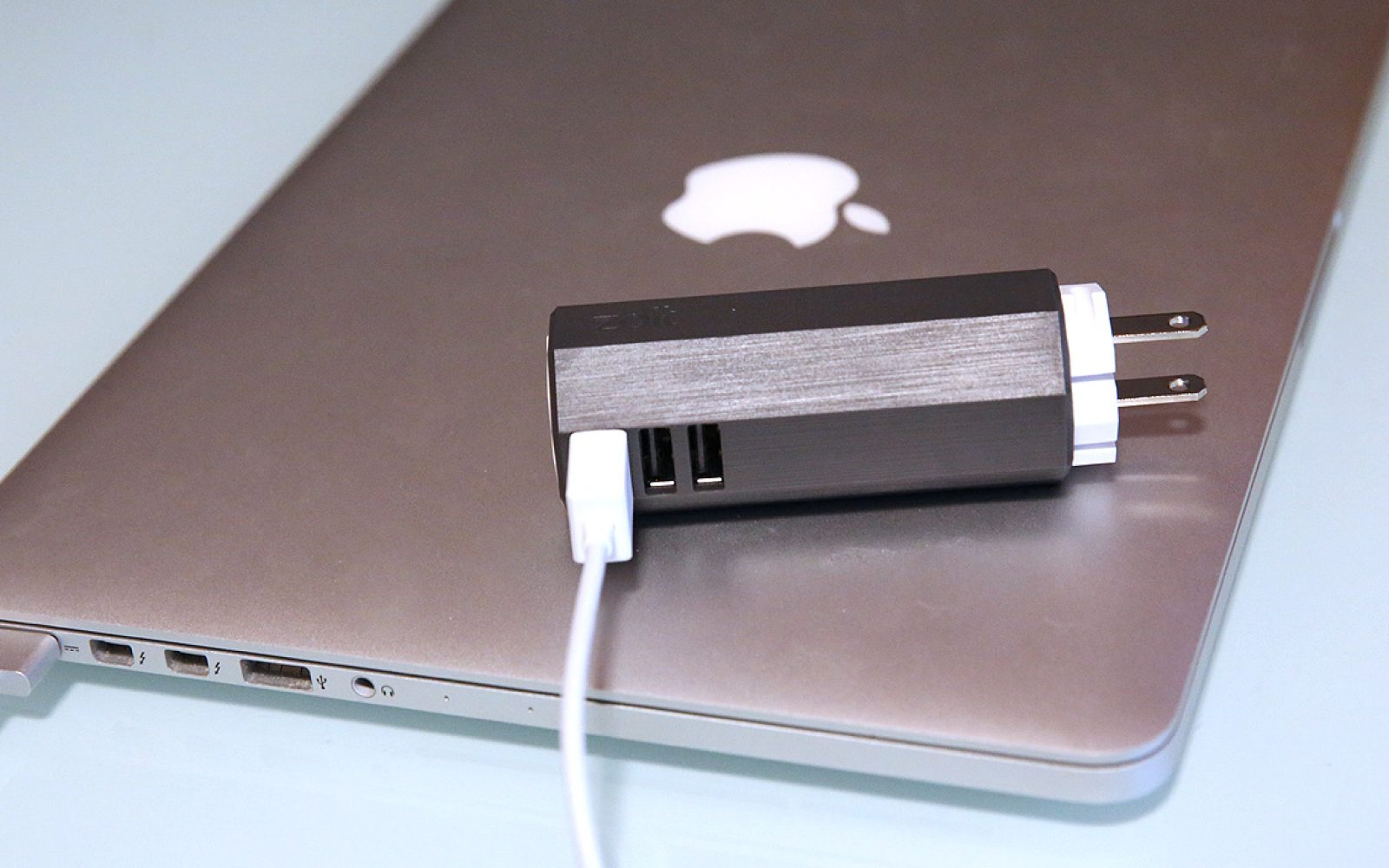 Review Zolts Laptop Charger Plus Is A 3 In 1 MagSafe Ready Mac IPad IPhone Power Adapter
