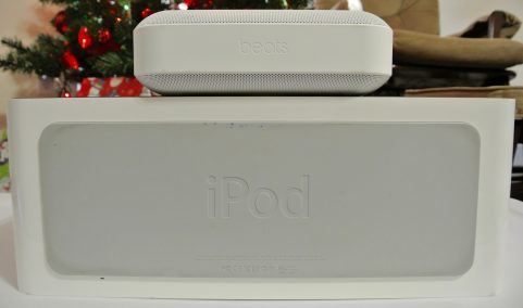 Beats Pill+ iPod Hi-Fi bottom