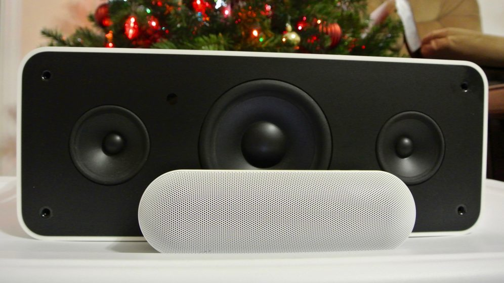 Beats Pill+ iPod Hi-Fi front