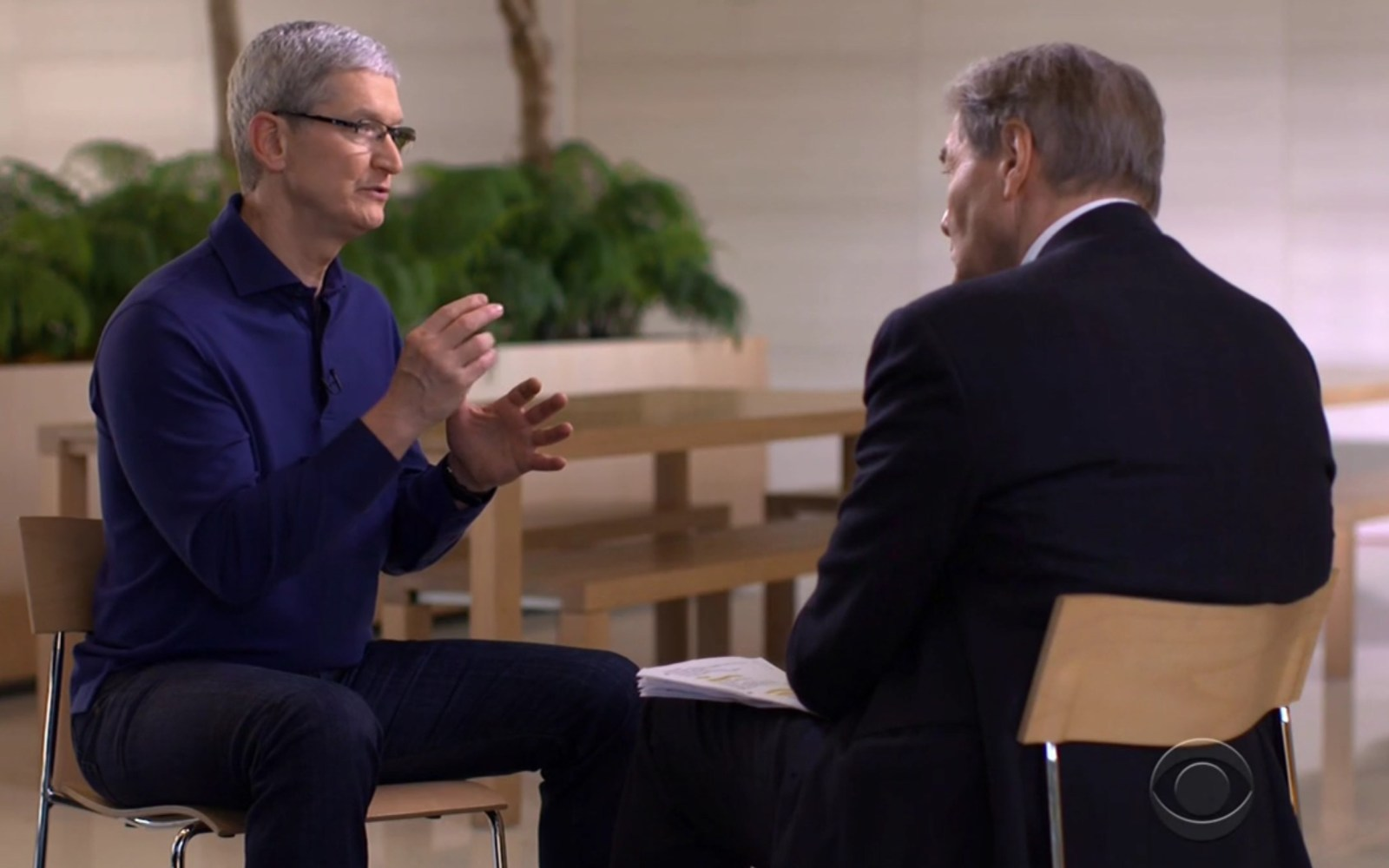 60 Minutes goes inside Apple's weekly exec meeting, design studio, spaceship campus, & more