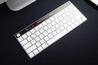 OLED-Apple-Keyboard-07