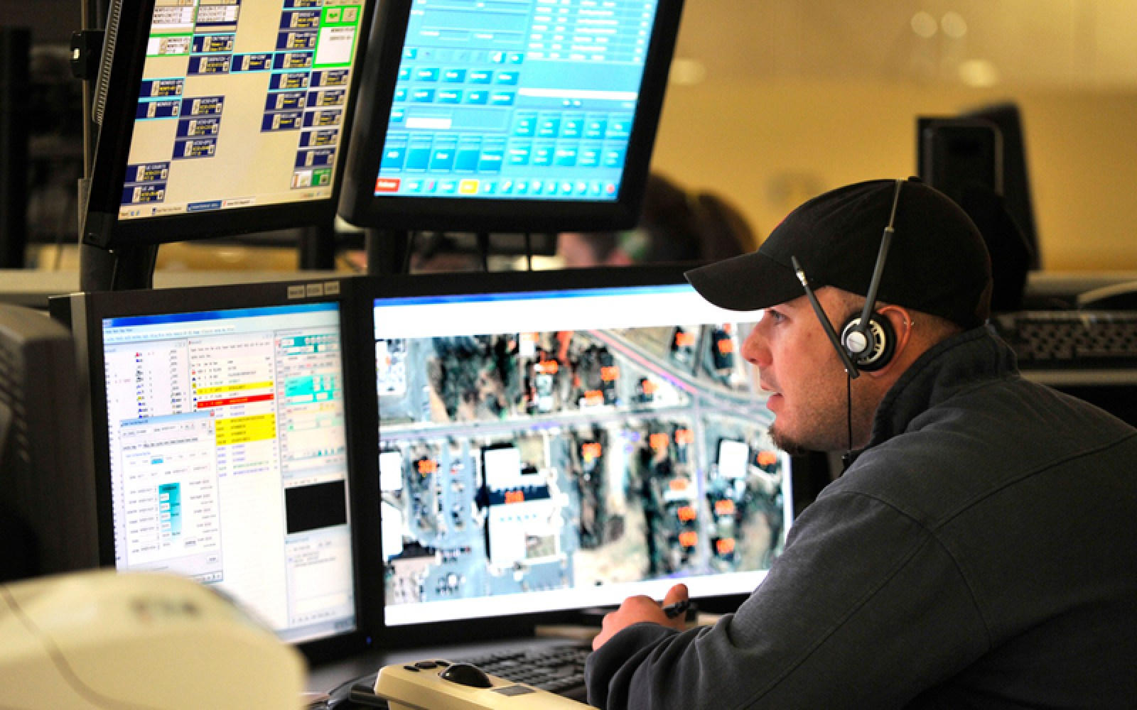 Teenager plays havoc with multiple 911 call centers trying to collect Apple bug bounty
