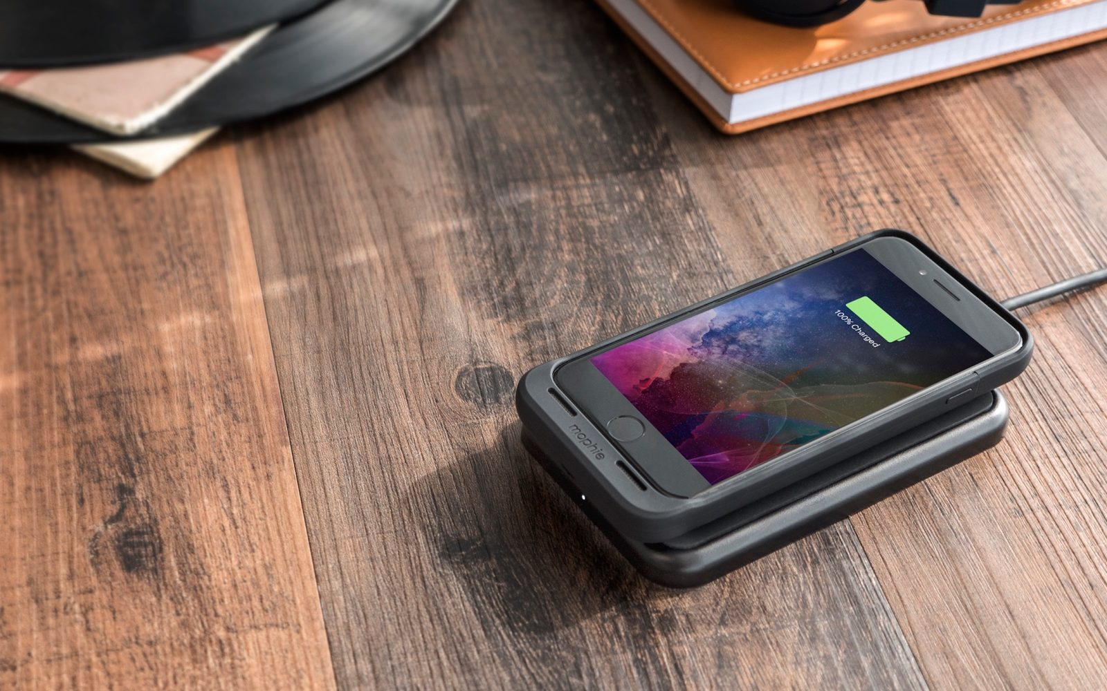 pretty nice e07e2 b78c0 Mophie launches juice pack air battery cases for iPhone 7 & iPhone 7 ...